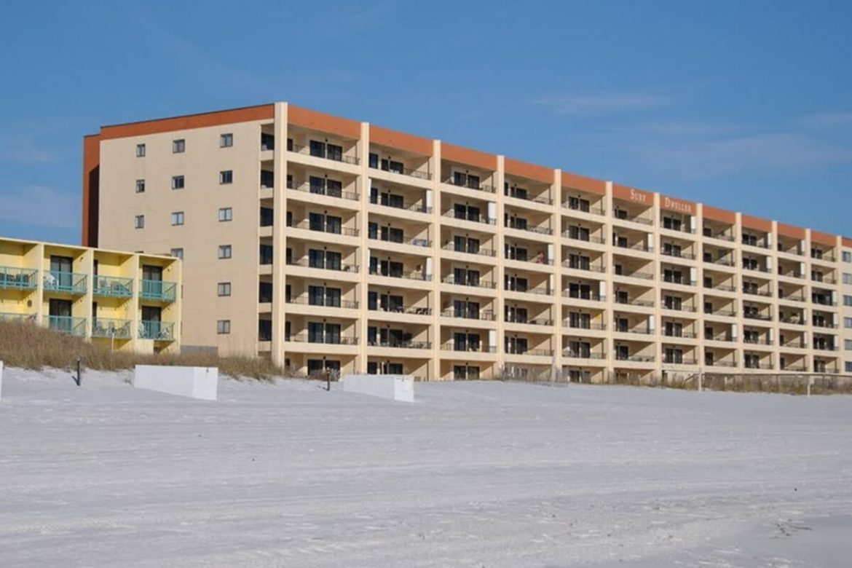 Surf Dweller Condominiums image.